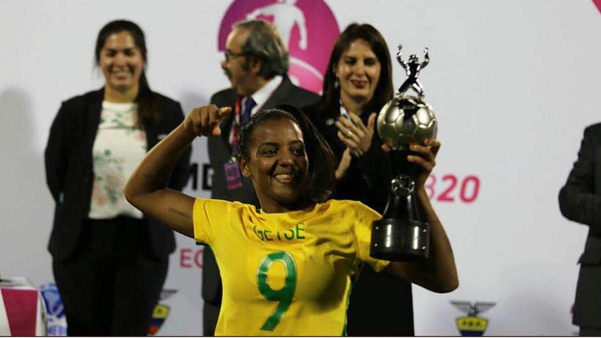 Avançada brasileira reforça Benfica