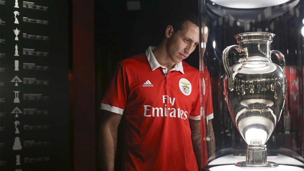 """Cristian é o novo """"Lema"""" da defesa do Benfica"""