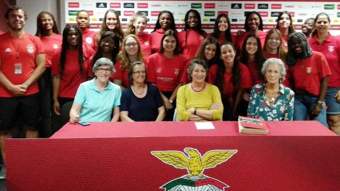 voleibol-equipa-feminina-grupo-new