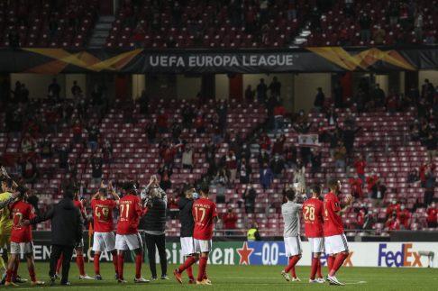 f-benfica-standard-liege-liga-europa (9)